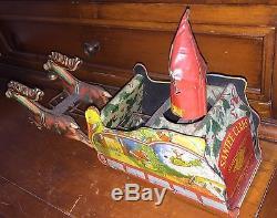 1923 STRAUSS TIN WIND UP SANTEE-CLAUS REINDEER SLEIGH with SANTA CLAUS 11