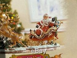 2003 Collectors Edition Grandeur Noel Porcelain Santa in Sleigh & Reindeer Set
