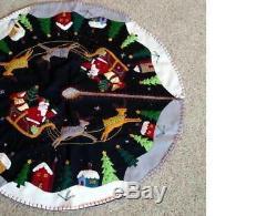 31 Hand made Wool SANTA Sleigh REINDEER Snow Village Scene CHRISTMAS TREE SKIRT