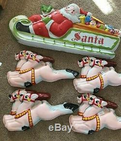 5 Pc. Vintage Christmas Illuminated 3D Plastic Santa Sleigh 8 Reindeer Lidco Co