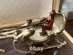 Antiqu Hubley Cast Iron Two Reindeer Sleigh Santa Claus c. 1906