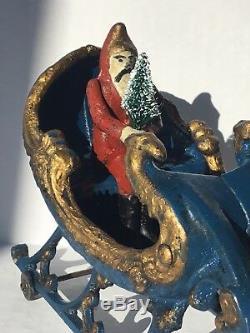 Ca1906 CAST IRON REINDEER DRAWN SANTA CLAUS CHRISTMAS SLEIGH TOY By HUBLEY MFG
