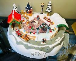 Christmas Wonderland Moving-Santa Sleigh, Elves & Reindeer 18 Inch Display MIB
