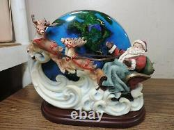Department 56 Santa sleigh and reindeer with base