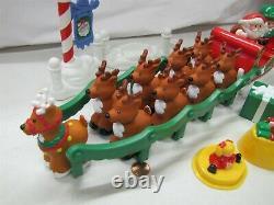 Fisher Price Little People Santa Musical NIGHT BEFORE CHRISTMAS SLEIGH REINDEER