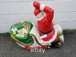 General Foam Blow Mold Santa Sleigh Sled
