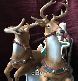 LENOX Figurine SANTA'S MAGICAL JOURNEY wooden base Sleigh Reindeer 1993