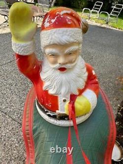 RARE Beco Santa Sleigh & 8 Reindeer