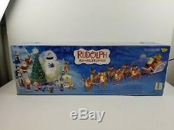 Rudolph The Red-Nosed Reindeer Santas Sleigh & Reindeer Team 2003 Memory Lane