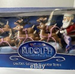 Rudolph the red nosed reindeer Santas sleigh & reindeer team Memory Lane