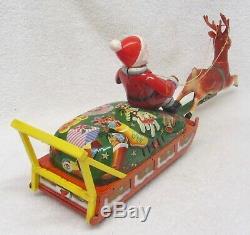 Vintage 50s SANTA CLAUS REINDEER SLEIGH Tin Toy in BOX Christmas Battery Op 17L