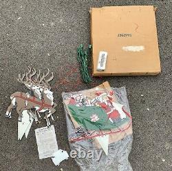 Vintage Outdoor Christmas Santa Sleigh Reindeer Union Products