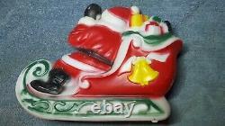 Vintage Santa's Sleigh 2 Reindeer Christmas Empire Plastics 1970 No Light 024156