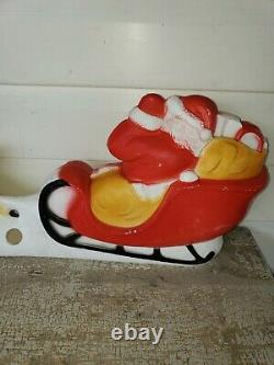 Vintage Union Products Santa Sleigh Reindeer Blow Mold 32 Made In U. S. A