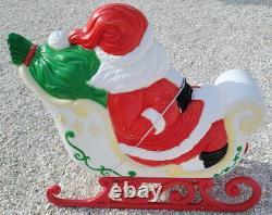 Vintage Xmas Christmas Grand Venture Santa Sleigh With Eight Reindeer