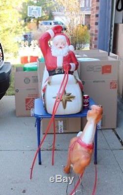 Vtg Santa Sleigh Reindeer Mold